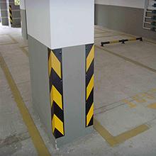 地下停车护角安装展示